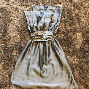 Dresses & Skirts - Cute silver dress